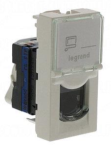 Информационная розетка Legrand 6 UTP
