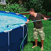 Комплект для чистки бассейна (сачок и вакуумный пылесос), Intex 28002