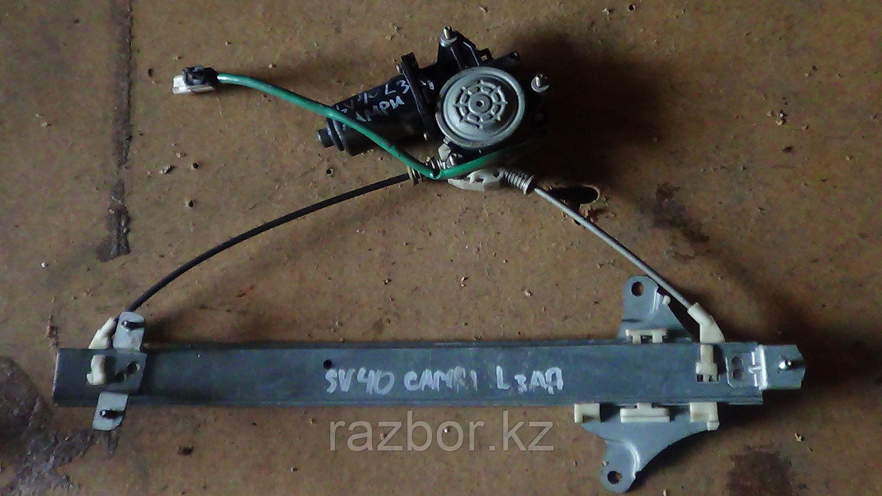Стеклоподъёмник левый задний Toyota Camry (SV40)