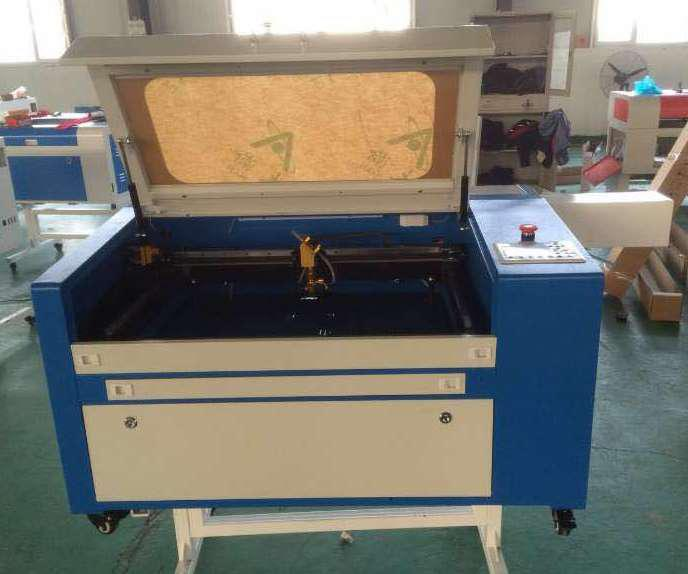 Станок для лазерной резки и гравировки  HT 6040  60W
