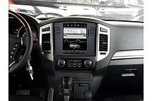 Штатная магнитола для Mitsubishi Pajero 4 Tesla Style на OS Android