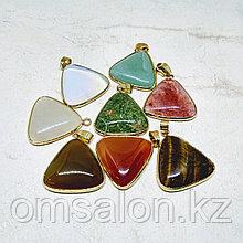 Кулоны треугольные из натуральных камней, 25х27мм