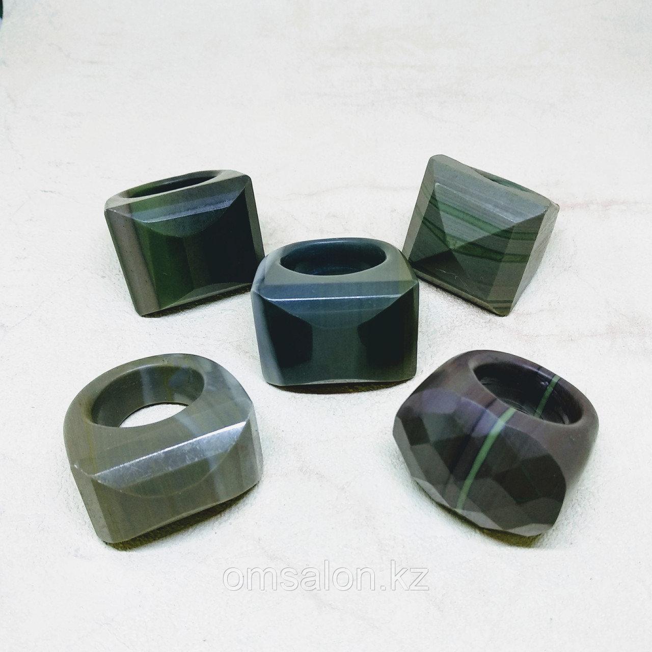 Перстень из агата