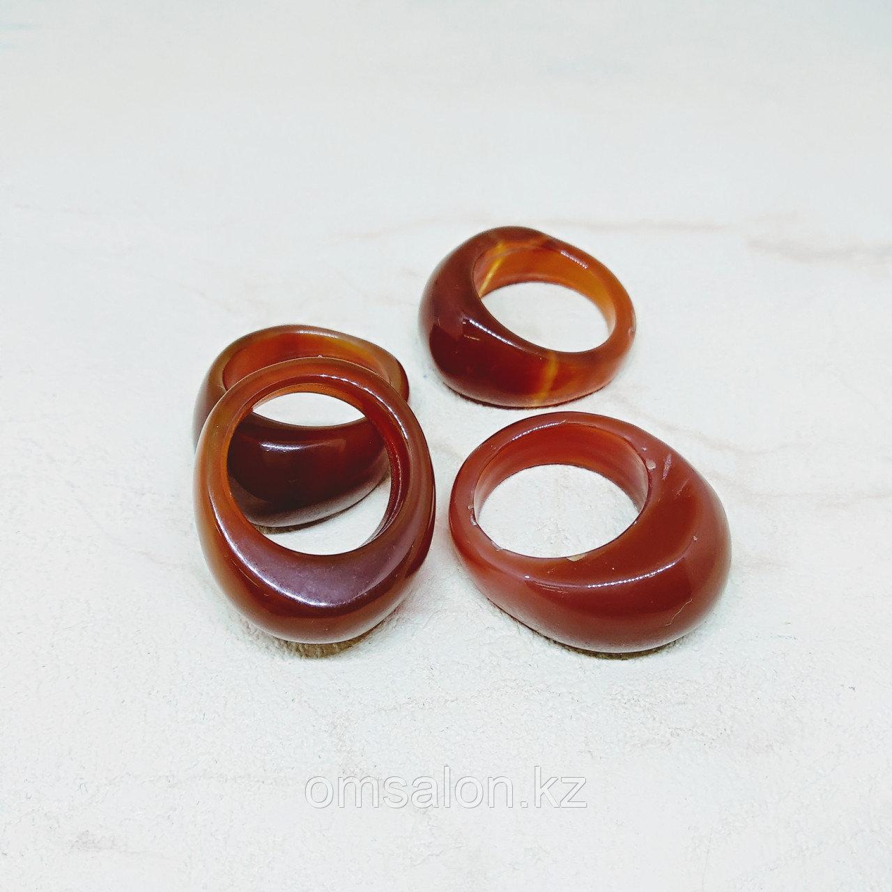 Перстень из сердолика