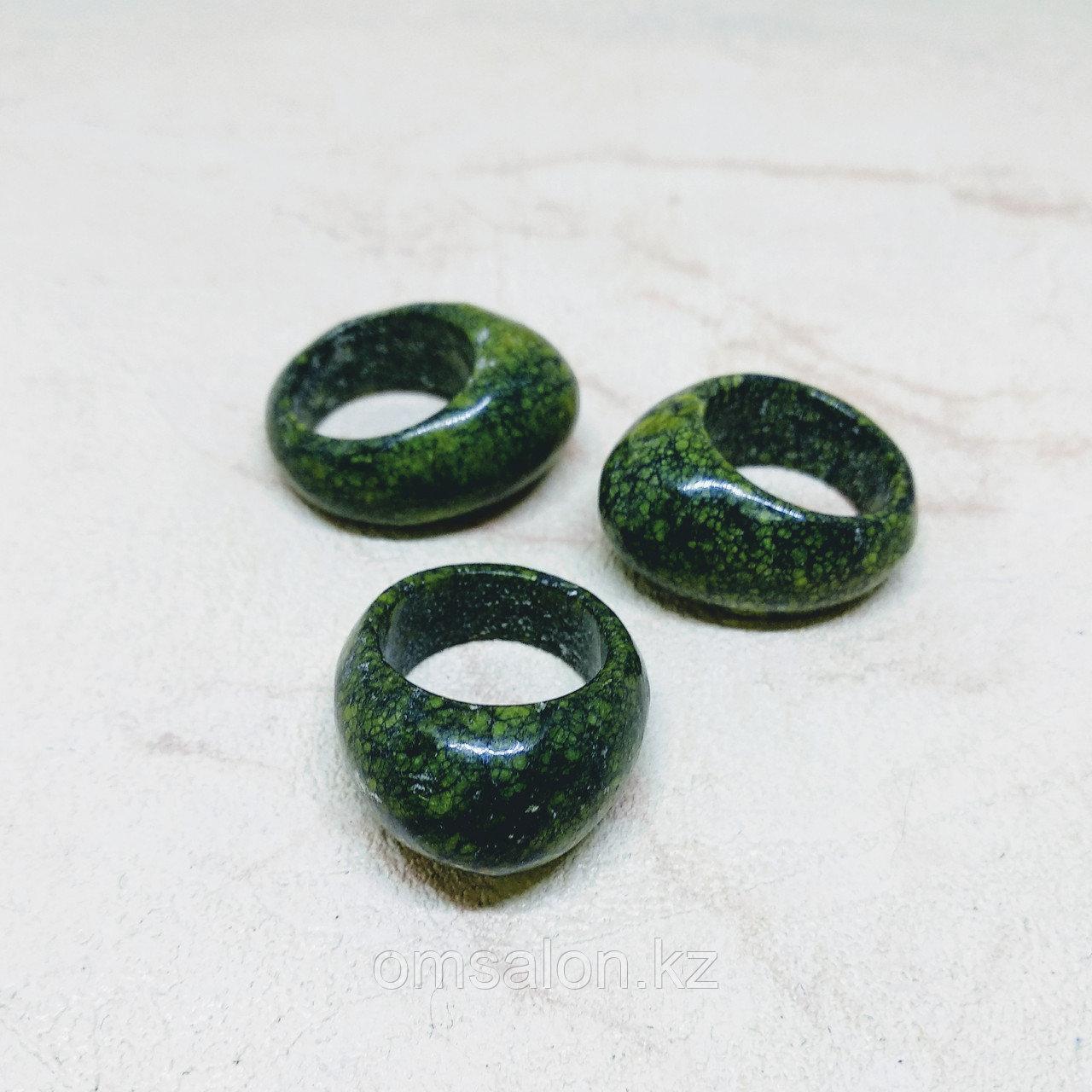 Перстень из змеевика