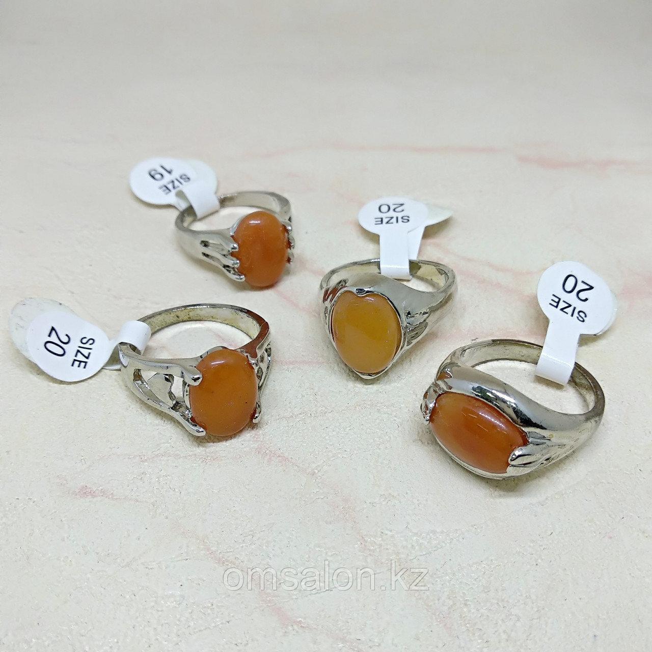Кольцо с натуральным сердоликом
