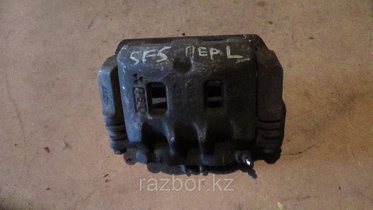 Тормозной суппорт правый передний Subaru Forester (SF5)
