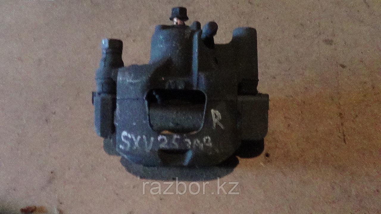 Тормозной суппорт правый задний Toyota Camry Gracia (SXV25)