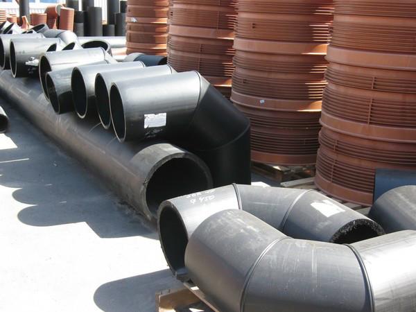 Отвод 90° сварной ПЭ100 SDR21 Ду400 (3-х секц.)