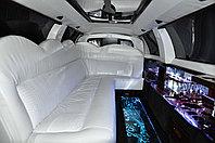 Лимузин Линкольн с белым салоном (Рестайлинг 2008), фото 1