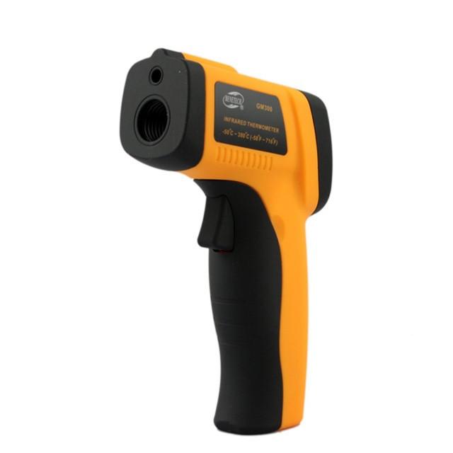 Инфракрасный цифровой термометр  GM300