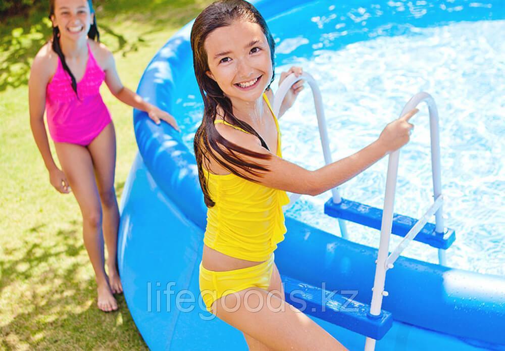 Лестница для бассейна высотой борта от 76 см до 91 см, Intex 28060 - фото 2