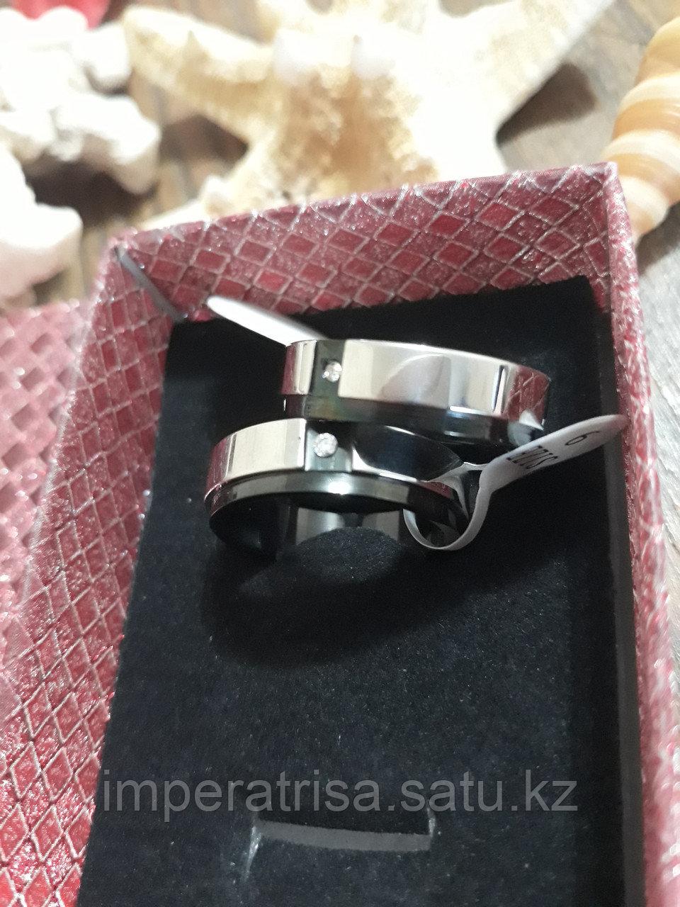 """Парные кольца для влюблённых """"Современная любовь"""""""