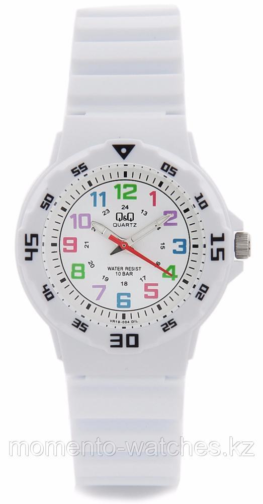 Часы Q&Q VR19J004Y