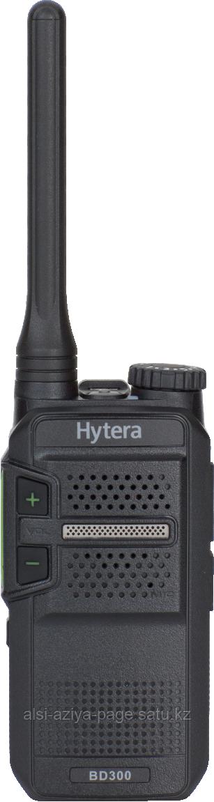 Радиостанция Hytera BD-305  на 400-470 МГц.