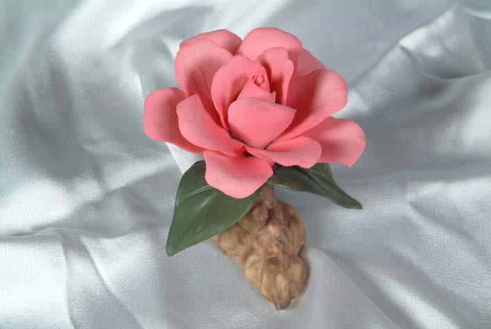 Фарфоровый цветок Камелия. Италия. Ручная работа