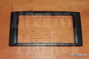Переходная рамка Volkswagen Touareg, 2DIN, пластик, черный