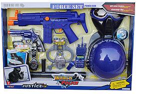 Полицейский набор оружия с каской 34310
