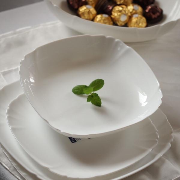 Тарелка обеденная Luminarc Lotusia 29 cм