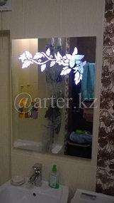 Зеркало с подсветкой в виде рисунка 1