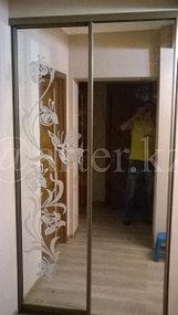 Зеркало для шкафа с пескоструйным рисунком 1