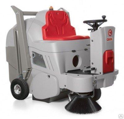Аккумуляторная машина с сиденьем для оператора COMAC CS 800B FP