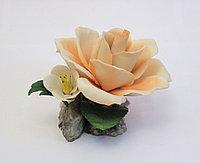 Фарфоровый цветок Роза с цветком. Италия. Ручная работа