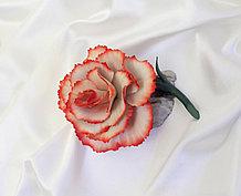 Фарфоровый цветок Гвоздика. Италия. Ручная работа