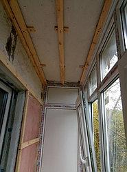 Установка балконного витража с обшивкой стен декоративной панелью по адресу проспект Республики 11 10