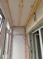 Установка балконного витража с обшивкой стен декоративной панелью по адресу проспект Республики 11 11