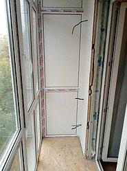 Установка балконного витража с обшивкой стен декоративной панелью по адресу проспект Республики 11 20