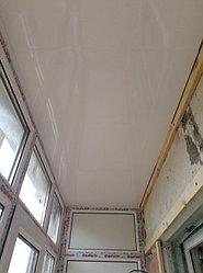 Установка балконного витража с обшивкой стен декоративной панелью по адресу проспект Республики 11 19