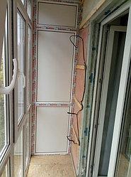 Установка балконного витража с обшивкой стен декоративной панелью по адресу проспект Республики 11 16