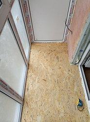 Установка балконного витража с обшивкой стен декоративной панелью по адресу проспект Республики 11 12