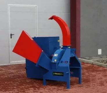 Измельчитель веток фрезерного типа, польской фирмы Demarol