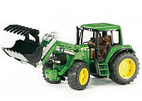 Трактор John Deere 6920 с ковшом Bruder