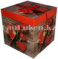 Подарочная новогодняя упаковка 30х30 см (Макси) Букет роз и подарок