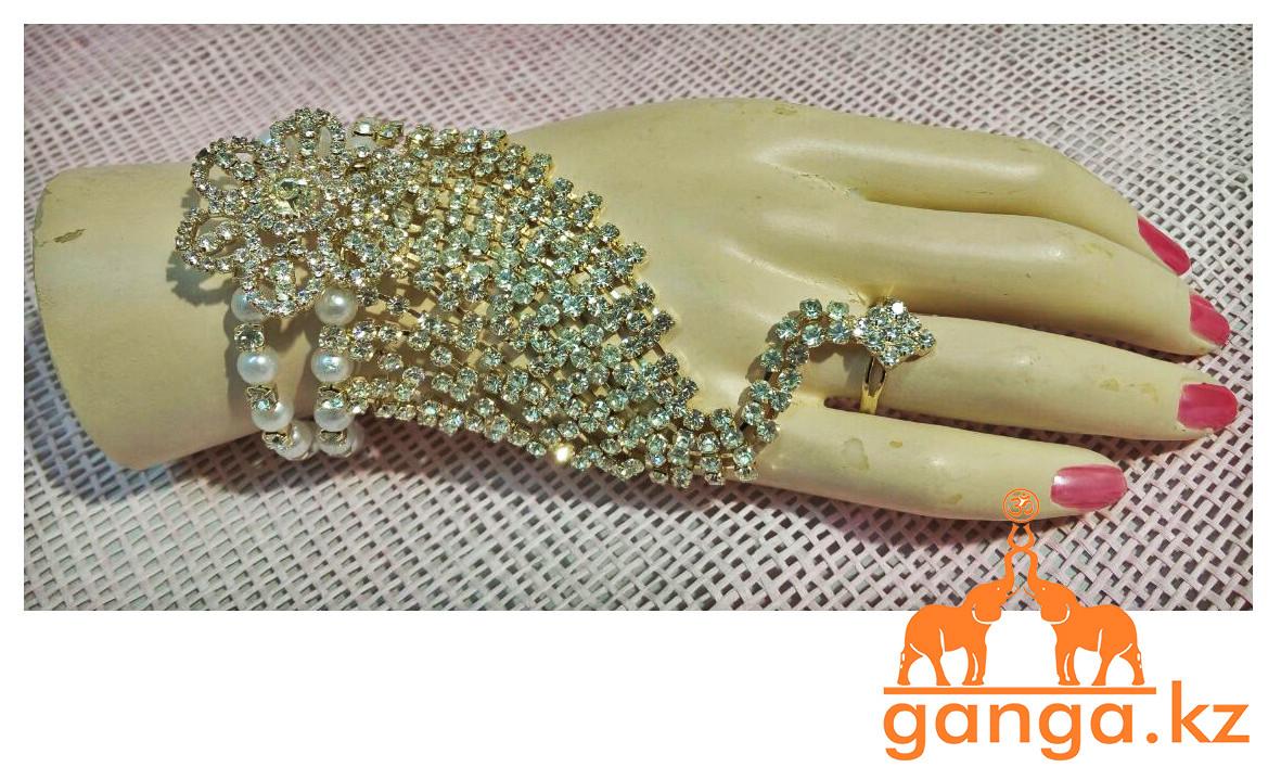 Браслет с кольцом на цепочке для руки, Золотистый со стразами - фото 1