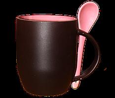 Кружка керамическая хамелеон с ложкой розовая