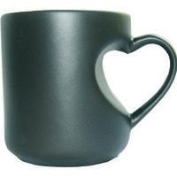 Кружка керамическая хамелеон черная ручка сердце