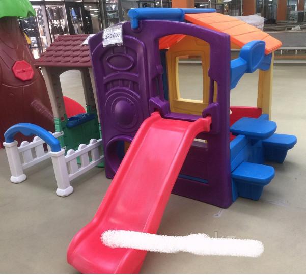 Домик для детских игр