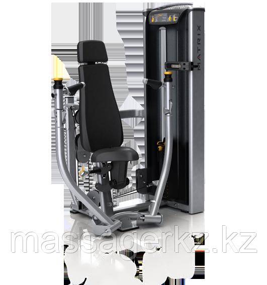 MATRIX VERSA VS-S13P Жим от груди