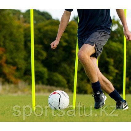 Слаломная стойка для футбола с подставкой