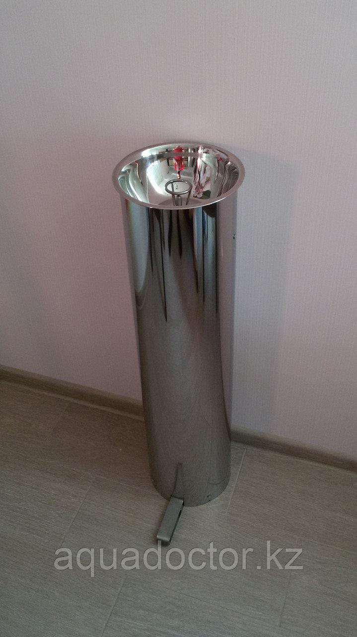 Питьевой фонтанчик антивандальный педальный ФП-300А (диаметр 220 мм)