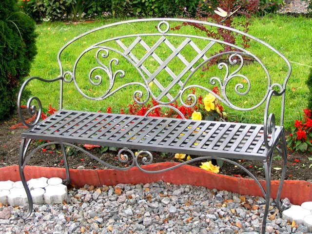 Скамейка в сад