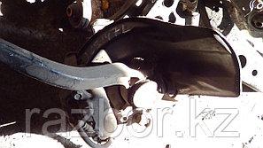 Ступица Toyota Aristo левая передняя