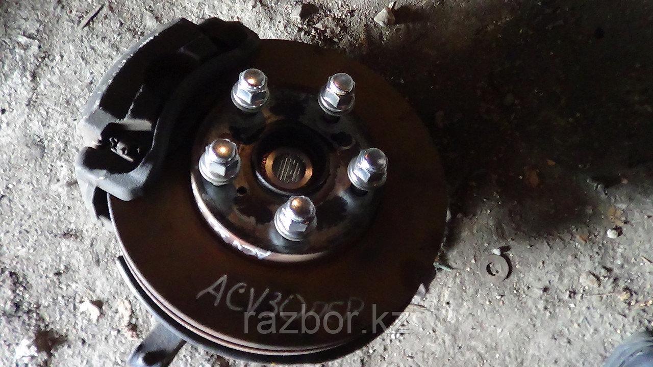 Тормозной диск Toyota Camry (30) правый передний