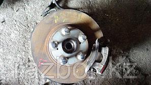 Тормозной диск Toyota Harrier правый передний