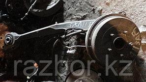 Ступица Toyota RAV4 (SXA11) правая задняя