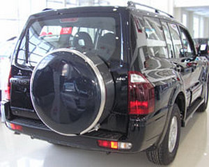 Бокс (чехол) запасного колеса из нержавеющей стали на Mitsubishi PAJERO 3